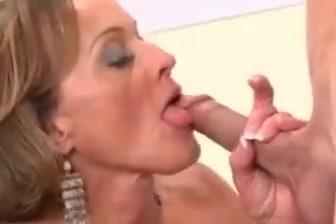 Dirty Busty Gilf Takes BWC In Ass Midgit porn straight fuckin