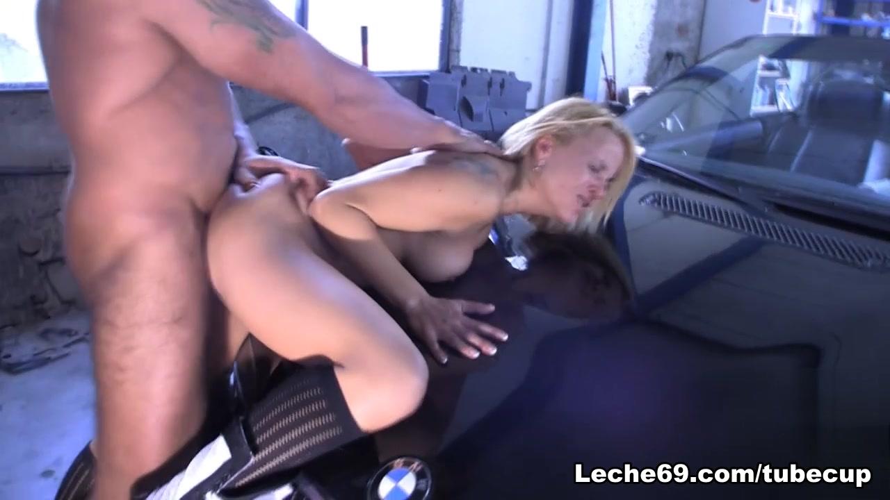 Paco Porno & Samantha Sainz - Full Throtle