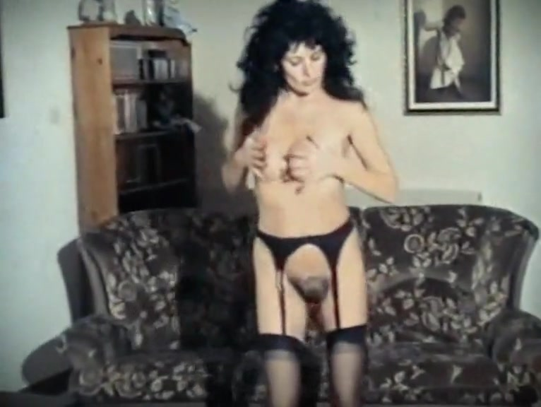 BORN TO BE WILD - vintage mature stockings strip dance chick in fort lauderdale anal sex