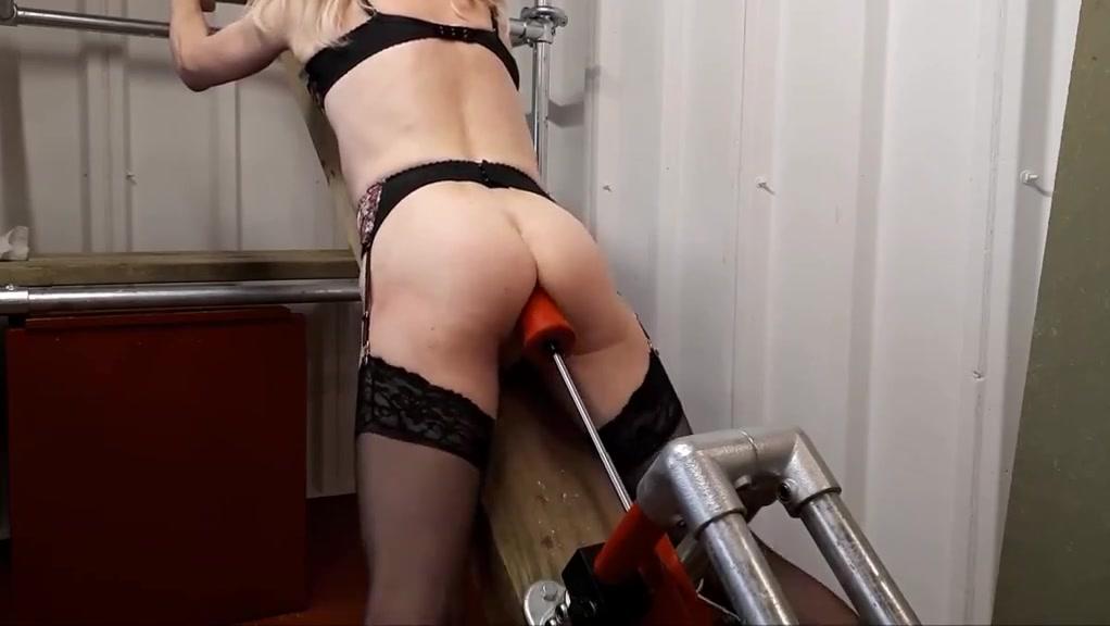 RachelSexyMaid - No. 13 - Dungeon Orgasm Beautiful milf fucked