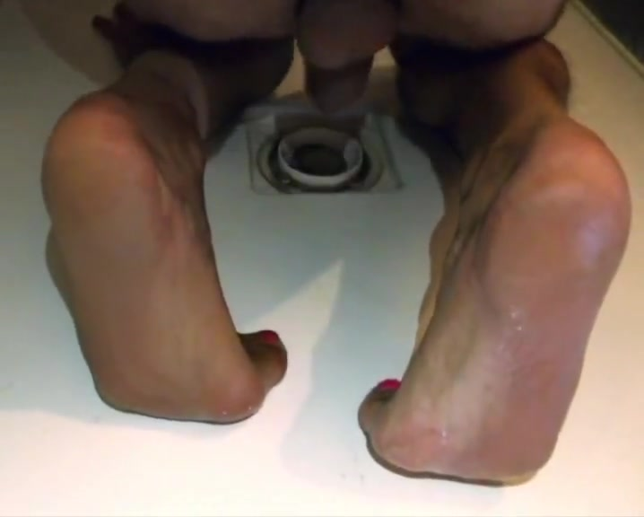 Crossdresser piss on feet soles nylon sock with pink toes Balls deep black throating porn