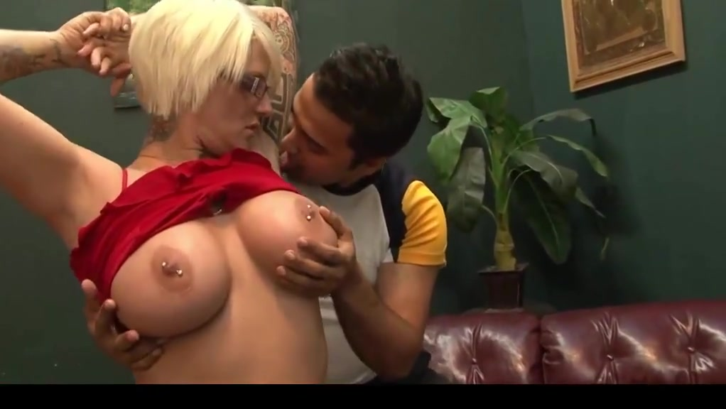 Chubby Short Haired Blonde Woodman Casting X Heather