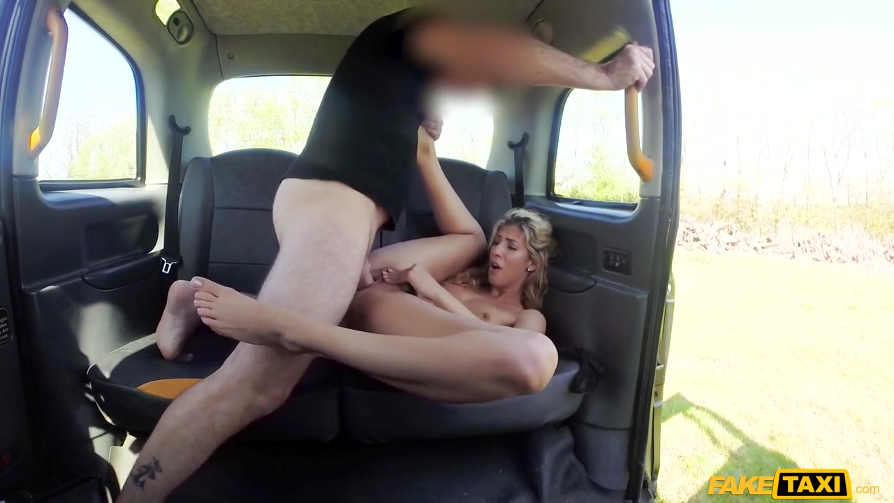 John & Shona River in Sweet Ass Babe Loves Doggystyle - FakeTaxi Cum filled asian pussy