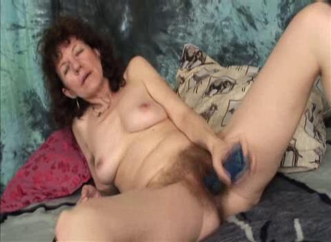 Curly GILF Hanna !!! cartoon big tit brenda s mom porn