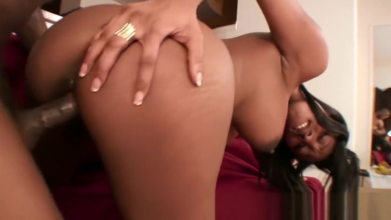 Briella Valentine/s Ebony Tits Bounce While Getting Bone Chybby bbw in leather jacket hot