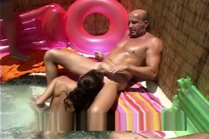 Hot SQUIRTING ass EATING MILF Biggest asshole in history