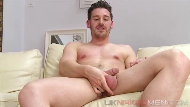 Parker Marx - UKNakedMen Boom boom bikini
