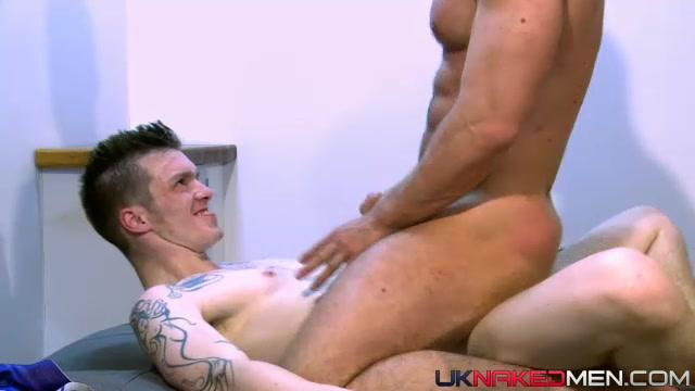 Aj Alexander & Patryk Jankowski - UKNakedMen Stickam pussy nude