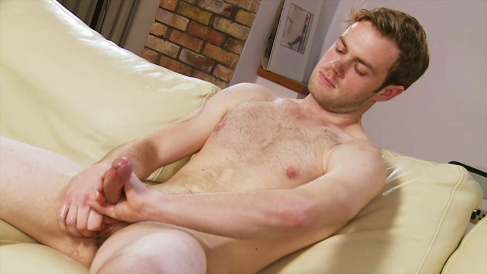 Ty Bainborough - UKNakedMen Up Skirt Porn Pictures