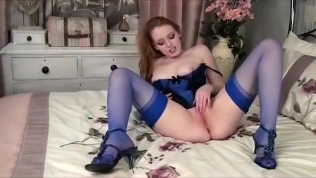 Hot punk redhead Kloe Kane loves showing off her lingerie best curves images on pinterest beautiful women fine 3