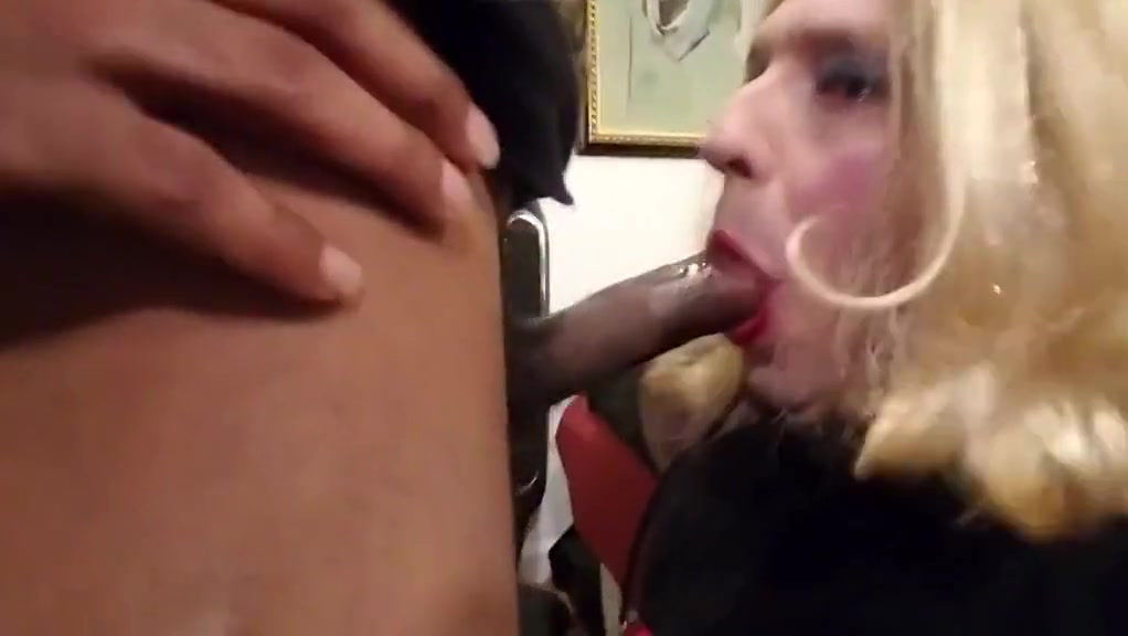 Sissy Crossdresser Annette gets a long face fucking marriage not dating izle blm