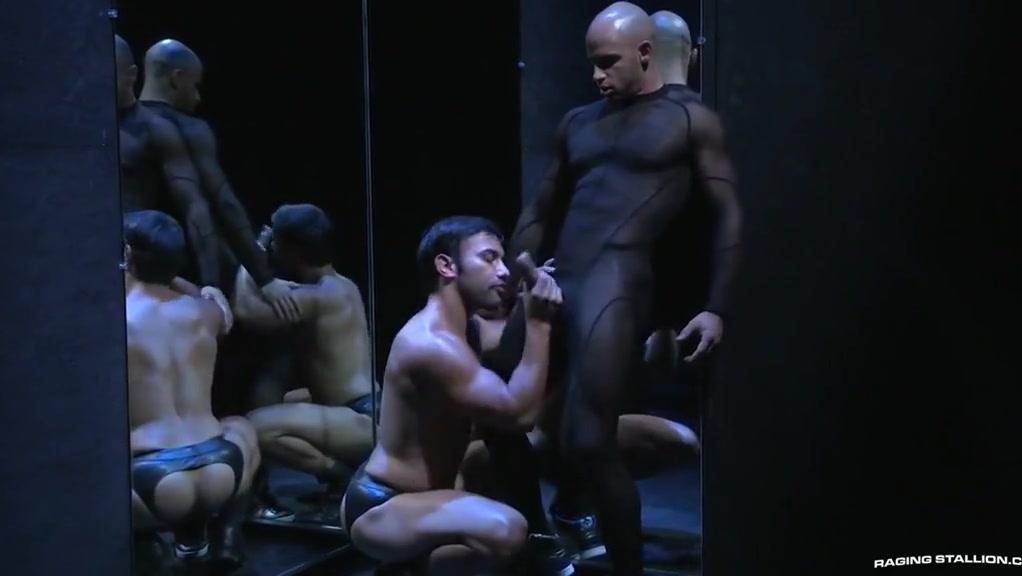 Bruno Bernal e Slaves Hole The best nude photos