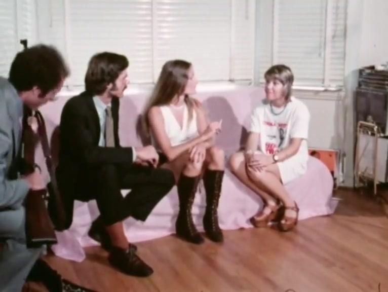 The Hit (1975) 1of2 Amateur women jerking off men