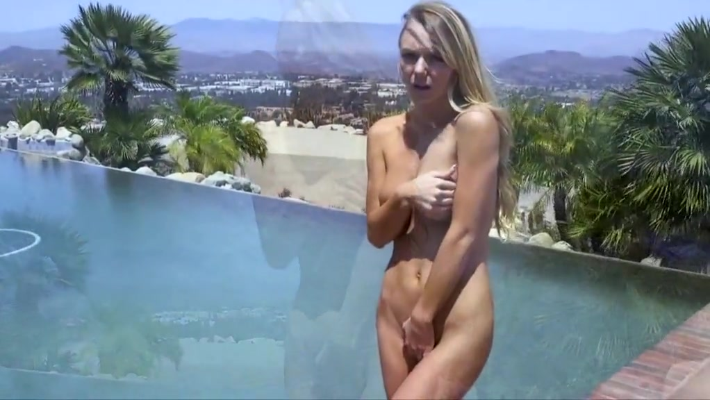 Molly Mae Sex By The Pool