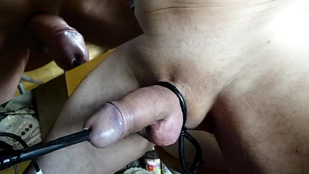 Amazing estim ZOOM orgasm peehole electrostim POV cam02 what is flat feet