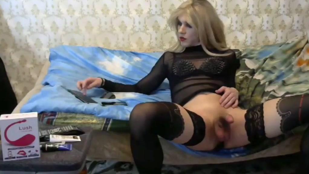 Sexy crossdresser playing on cam Hindi sexy xnxx com