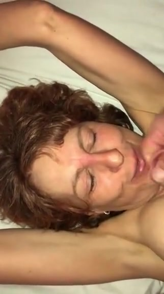Facial on horny milf lara croft and aliens porn