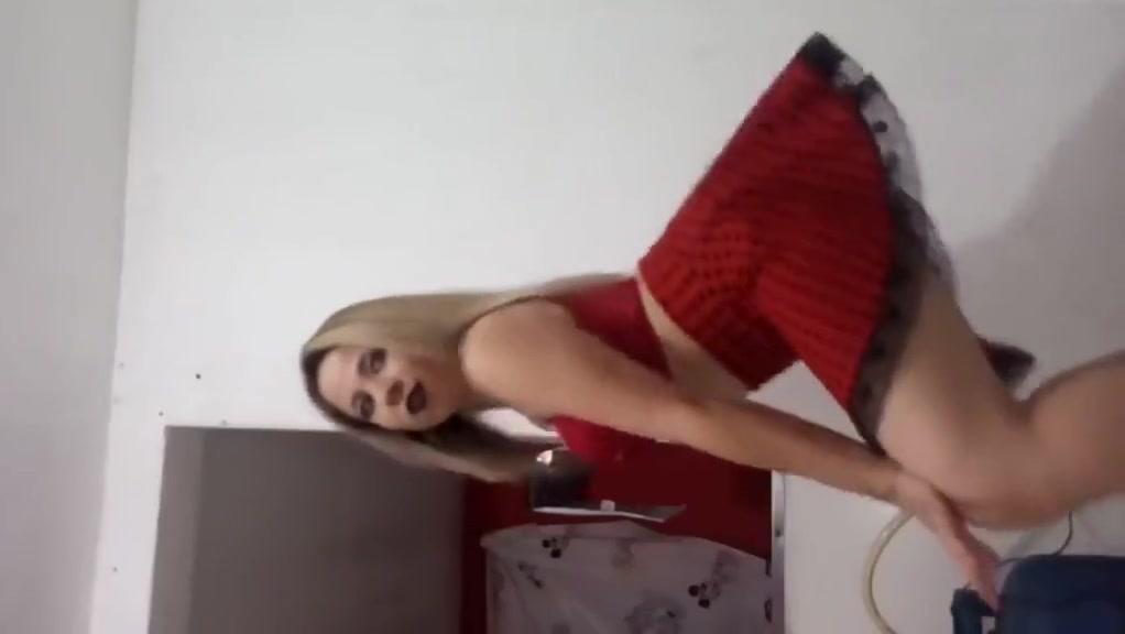 Novinha Gostosa Dancando de Sainha Vermelha A womans first orgasm