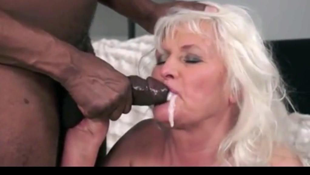 Milf cum shot in mouth