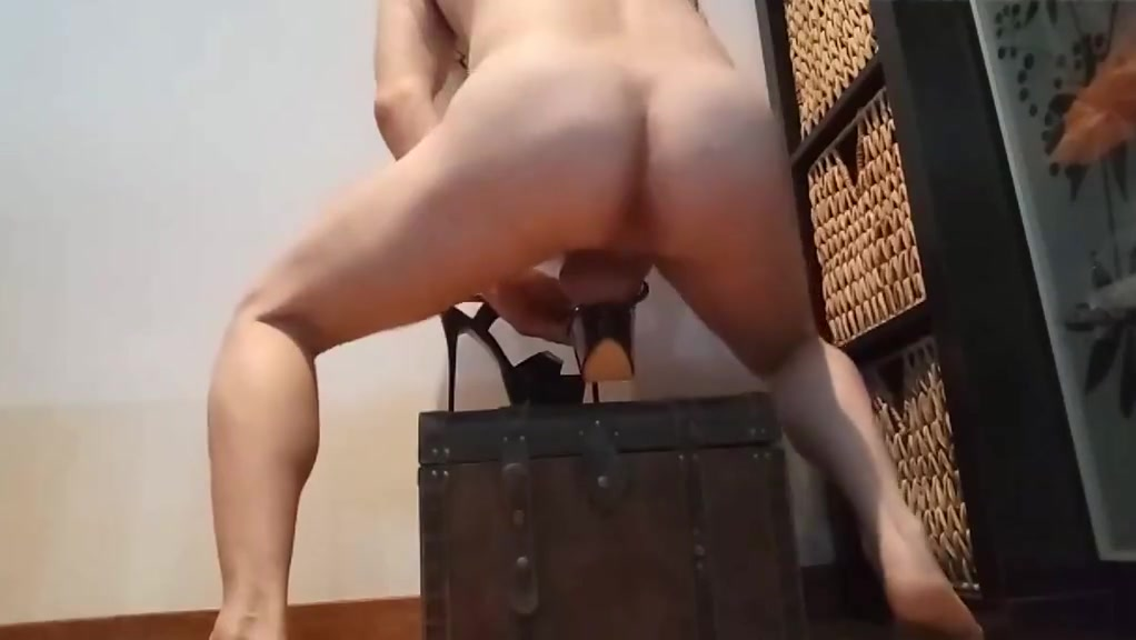 fuck , shoejob and cum over stripper heels black suck and fuck