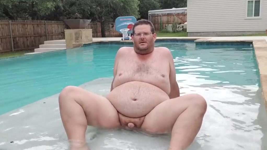 Cum swimming with me make pictures move from side to side