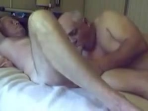 Two sexy old grandpa sucking with each other Shaking vibrator