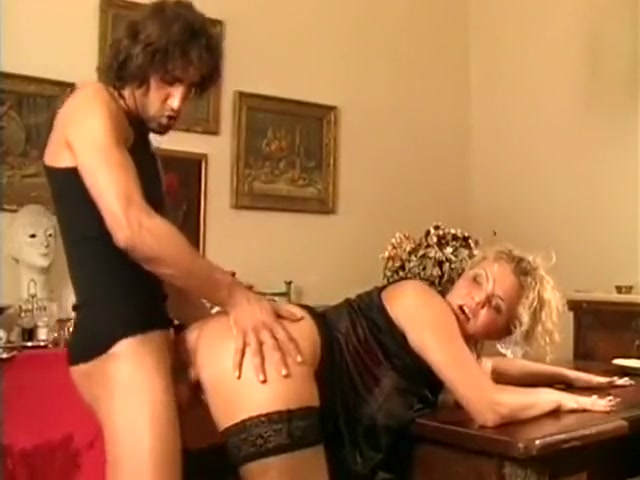 Blondes : Une femme devergondee qui baise un pote a son homme how soon for mutual masturbation