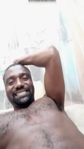 CEST MOI Mahamane Sabiou Elhadji Halilou JE SUIS DEVENIR UN GRAND PORNOPHI