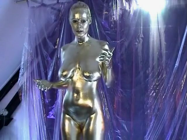 Queeny Love - Bodypaint. lynn holly johnson sexy video