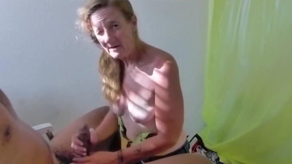 mature granny handjob vegasbarb Kytiana kane lesbian