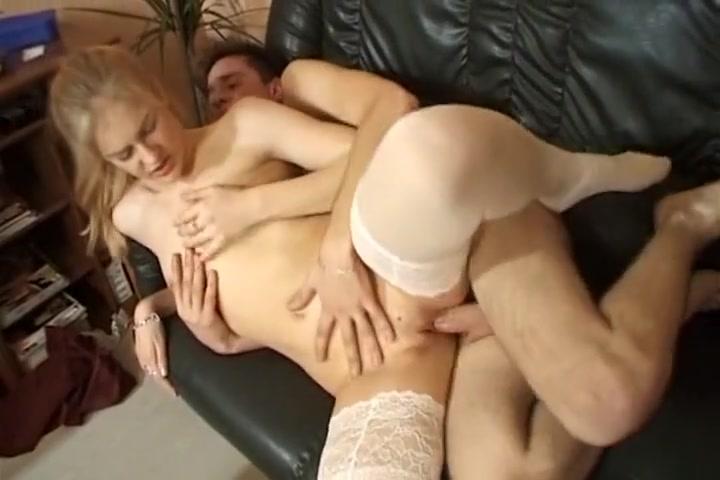 Institutrice enculee par un etudiant barbie griffin melon nude