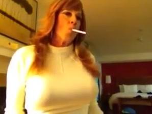 Sexy smoking cougar 4 cd universe sex toys