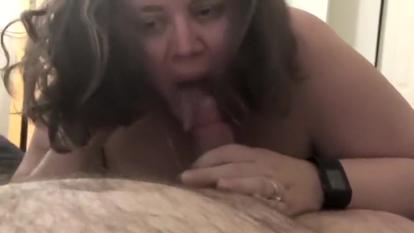 Cheating wife eats and swallows strangers cum video sexy old woman