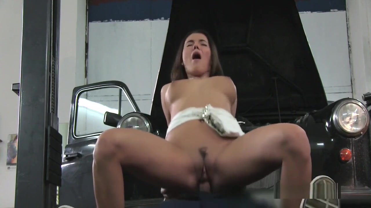 Auto Mechanic Fuck Angry Babe Whores in Kowloon