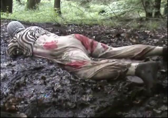 mud dress 31 Girl fucked in Clichy