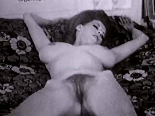 Glamorous Teasing Classics #5 mom is stripped naked