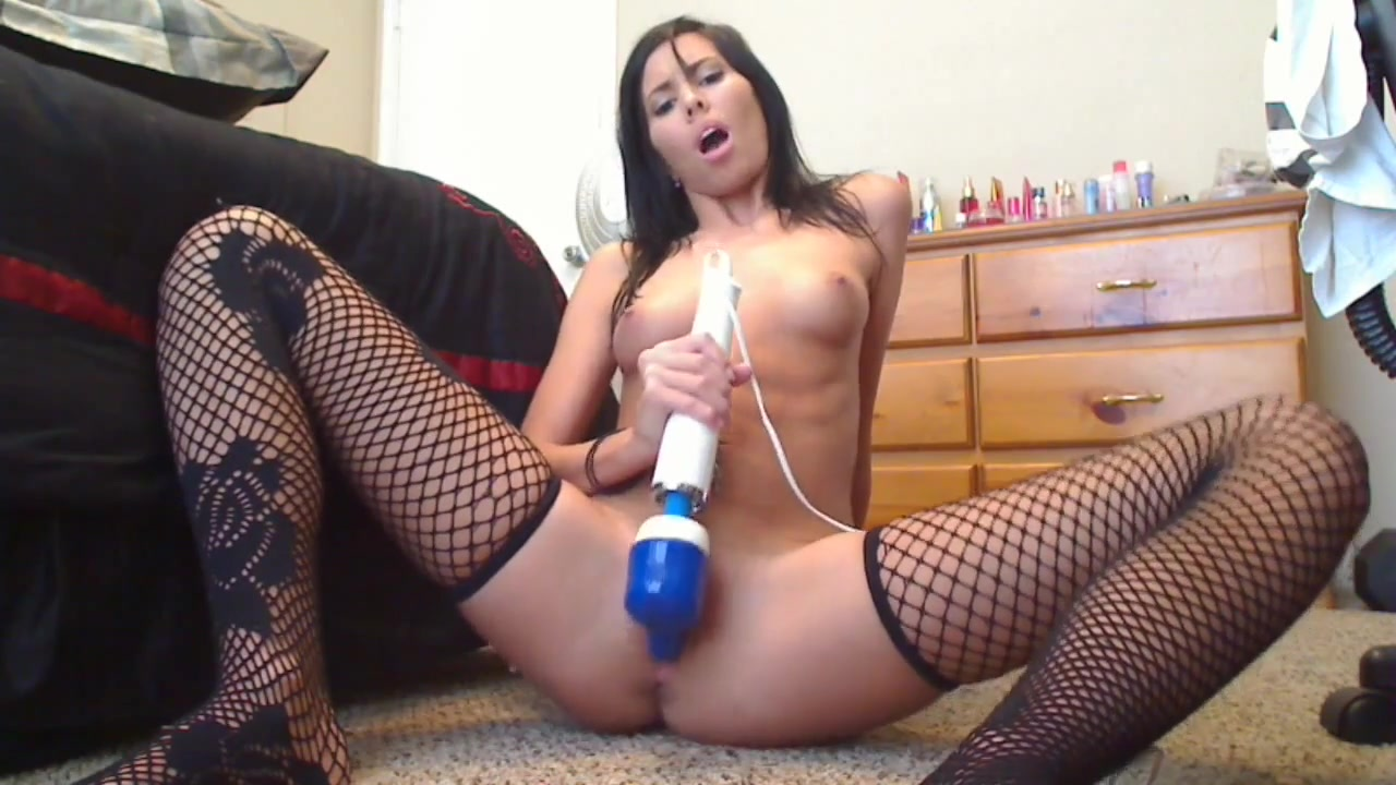sexy hot girl play hitachi on cam janet jackson shows her breast