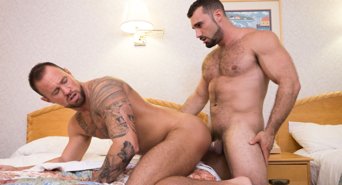 Jaxton Wheeler & Michael Roman in Daddy Vs. Daddy - IconMale Boys kissing girls boobs images