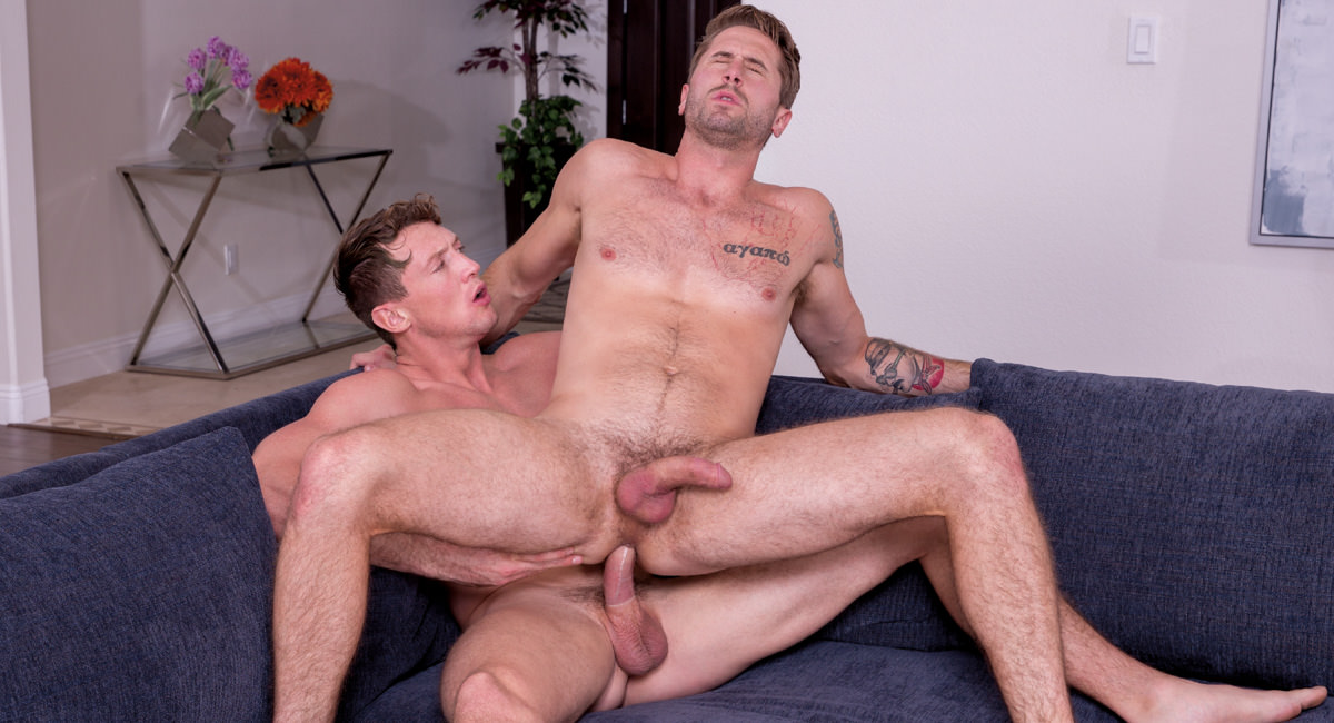 Wesley Woods & Pierce Paris in Service Me!, Scene #06 - HotHouse Seachpeing Shemale