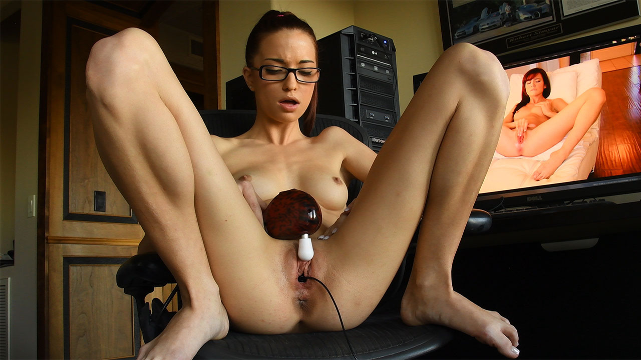 What She Can Do - FTVGirls intermittent midcycle bleeding breast tenderness