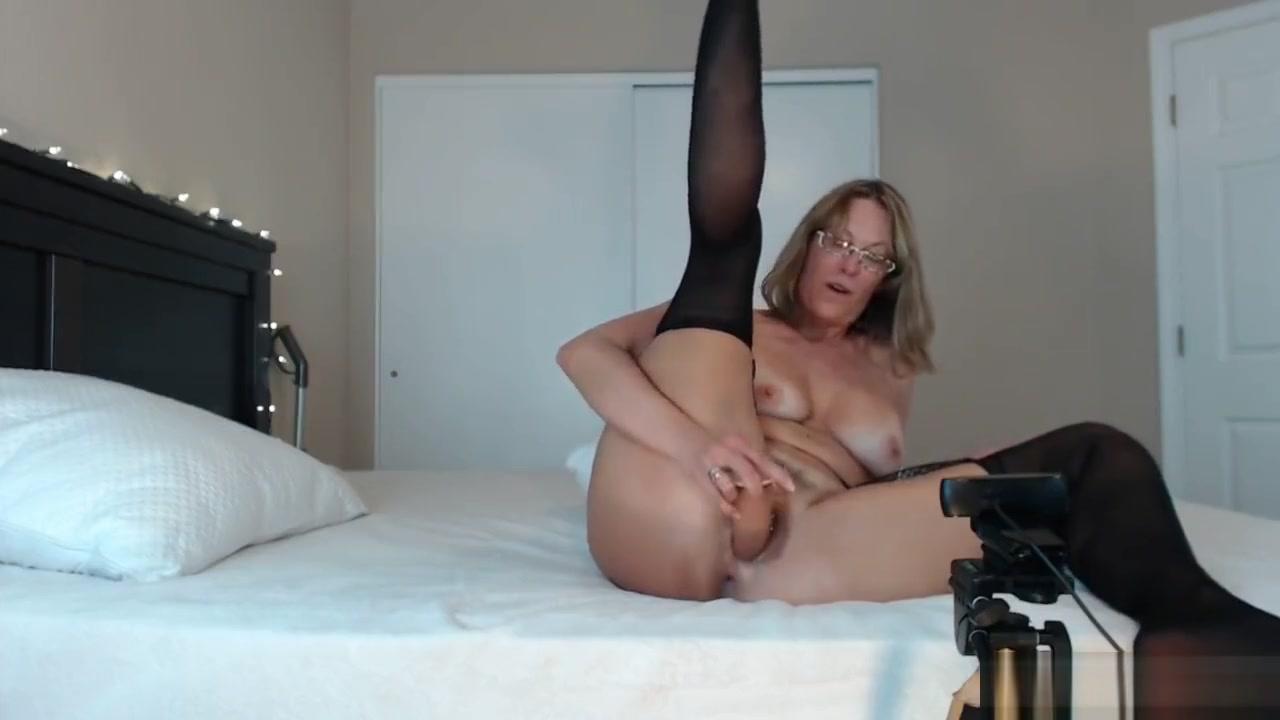 Cam Show On Streamate Feeling Slutty Sexy Horny Amatur boobs