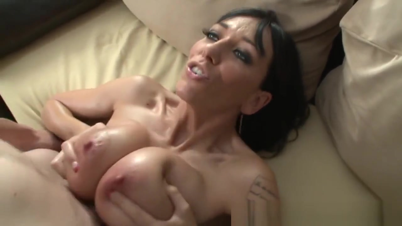 Inked Milf Jerking Cock With Her Hugetits pam anderson ive got a french connection with hot soccer 3