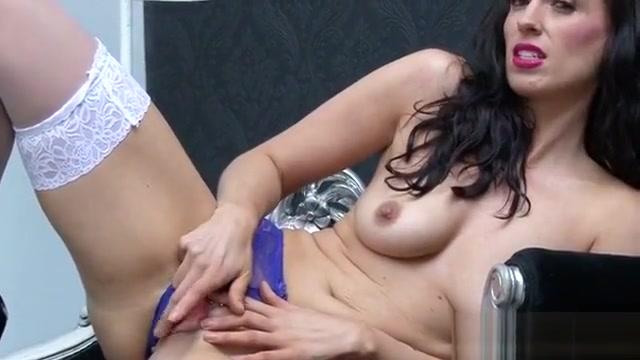 Hot Mature Sex With Cumshot Dick byron art