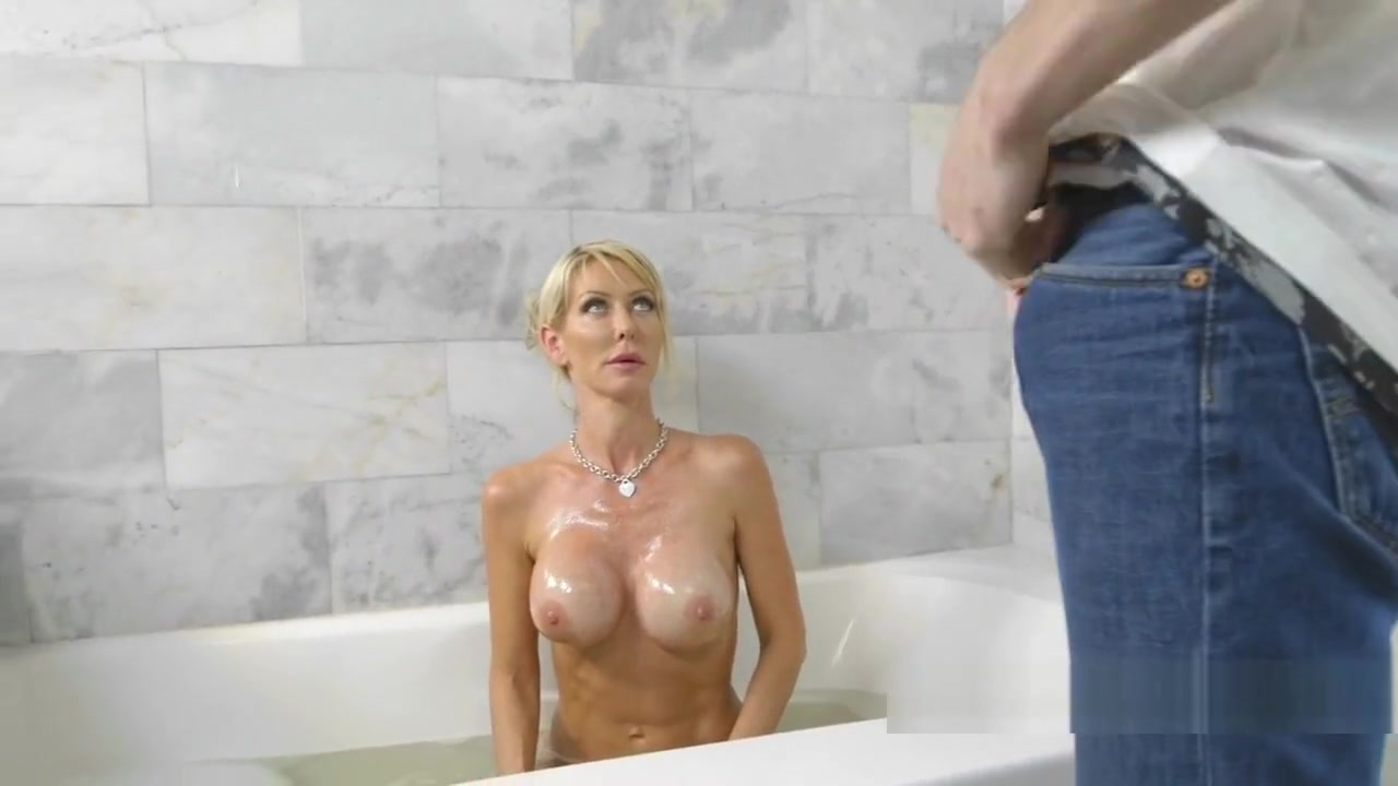 Dude Caught Stepmom Masturbating In Bathtub Taken by storm with ashley
