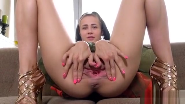 Wicked Czech Kitten Gapes Her Narrowed Pussy To The Bizarre5
