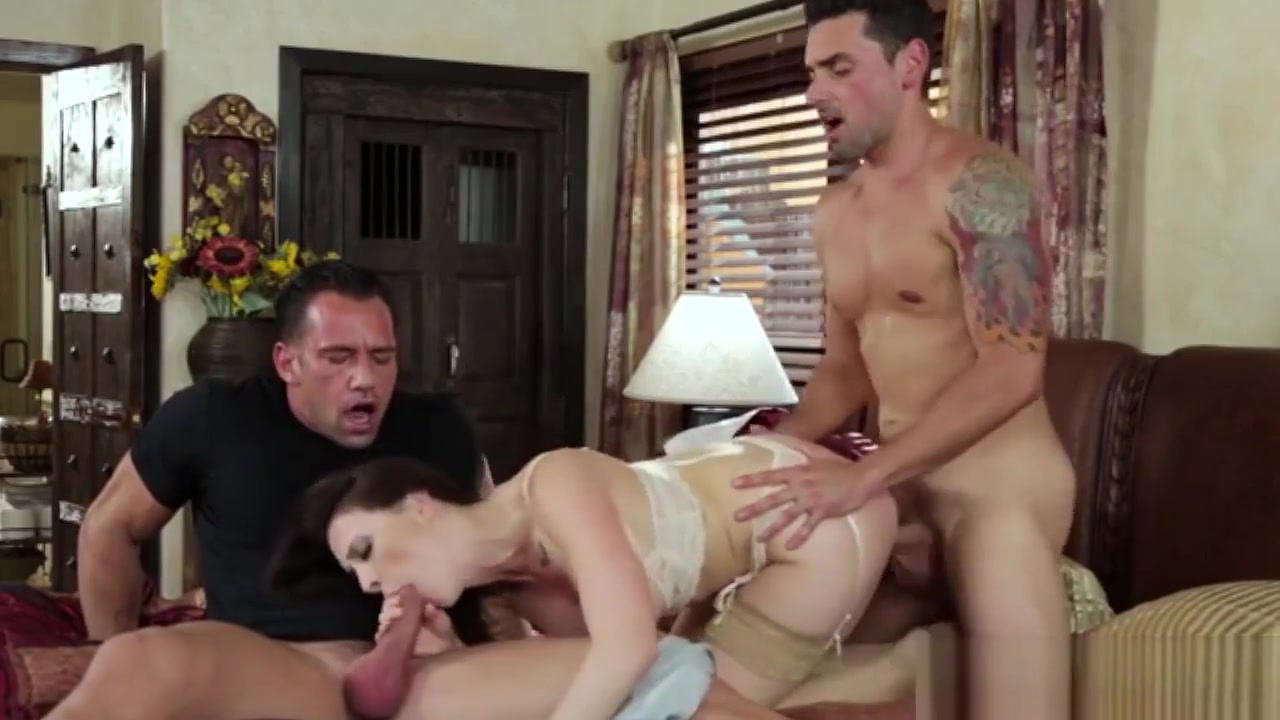 Busty Housewife In A Threesome