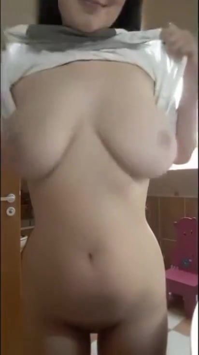 12 Minutes Of The Very Best Snapchat TITTY DROPS - Voted By YOU! free asian powered by phpbb