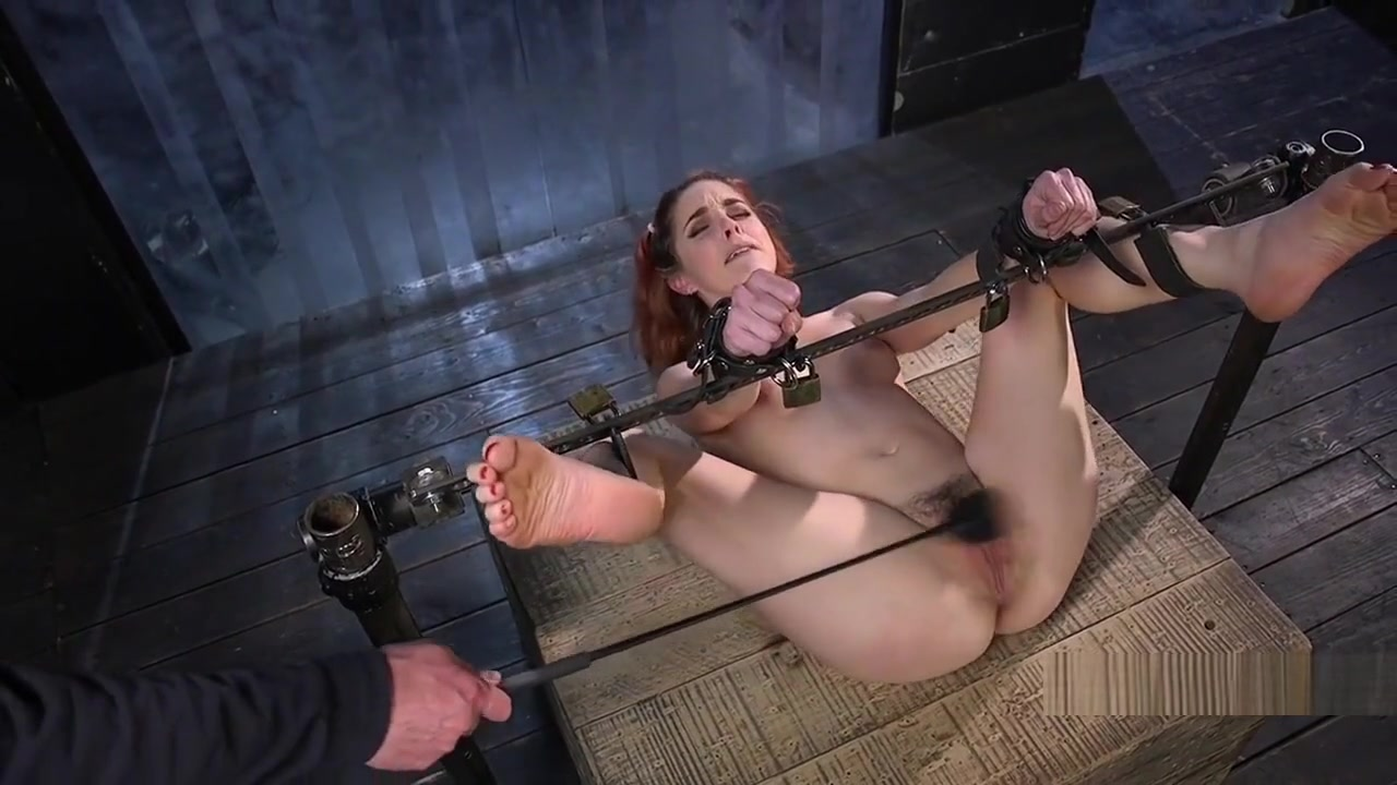 Strapped Babe With Head In A Box