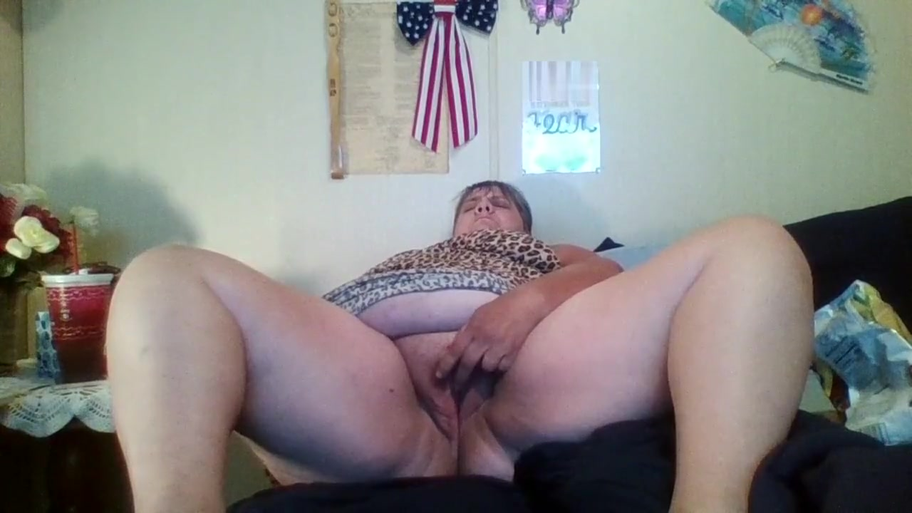 Horny pussy needing a good eating and fucking