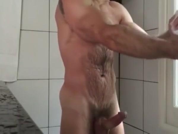 delicios hairy man Avril lavigne fake porn
